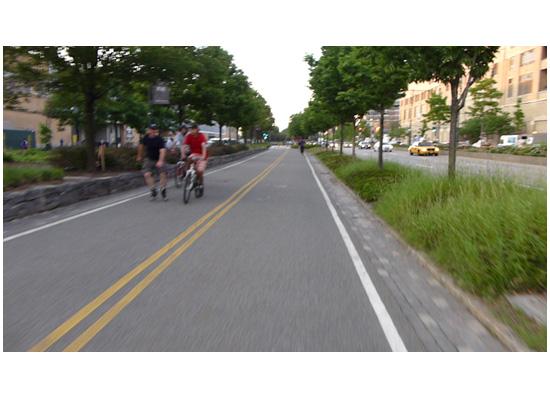 Exercise, Citibike NYC, Manhattan biking, west side highway, NYC © Jon Heinrich photography